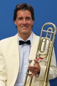 Dr. Johannes Höß